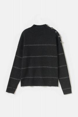 Black Paulie pullover