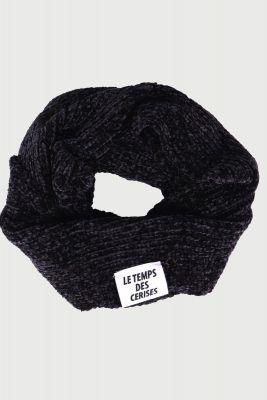 Black Adelgi scarf