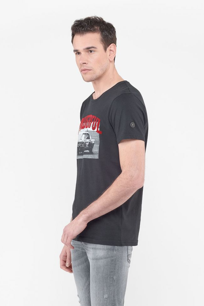 T-Shirt Hutch