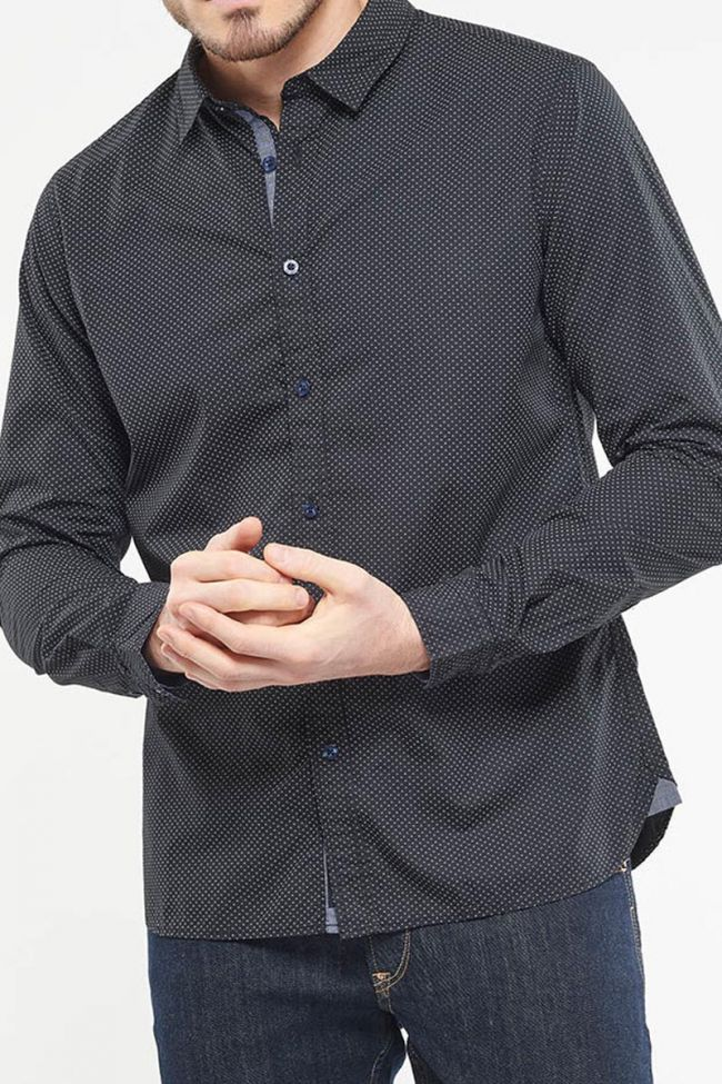 Kurt black shirt