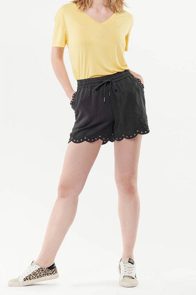 Lia black short