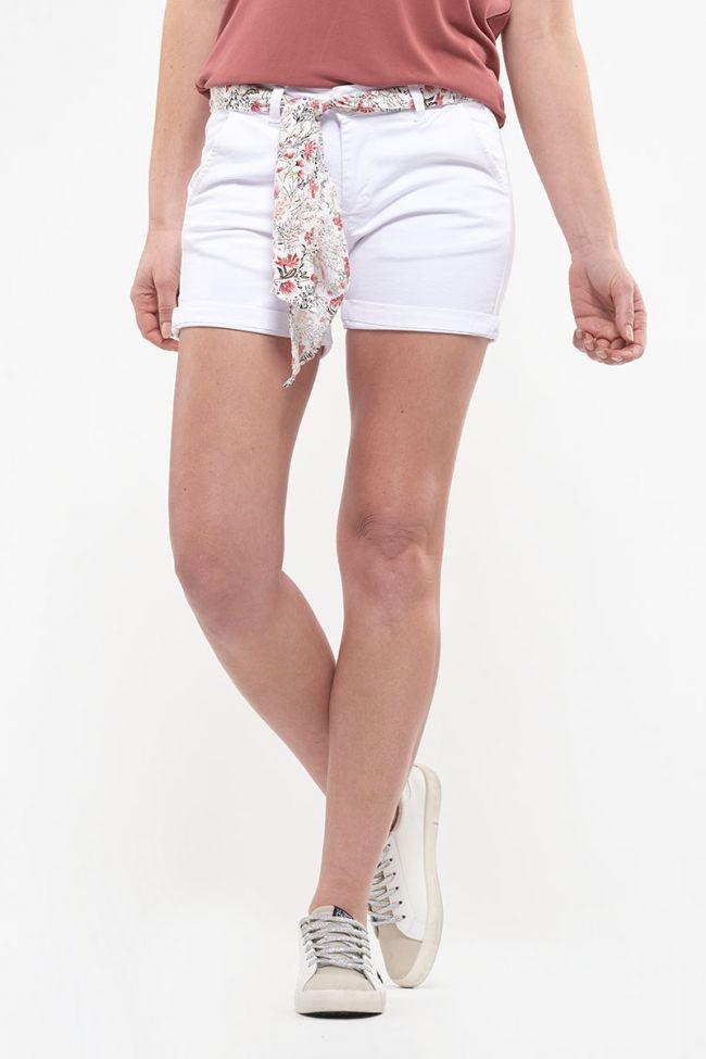 White Live shorts