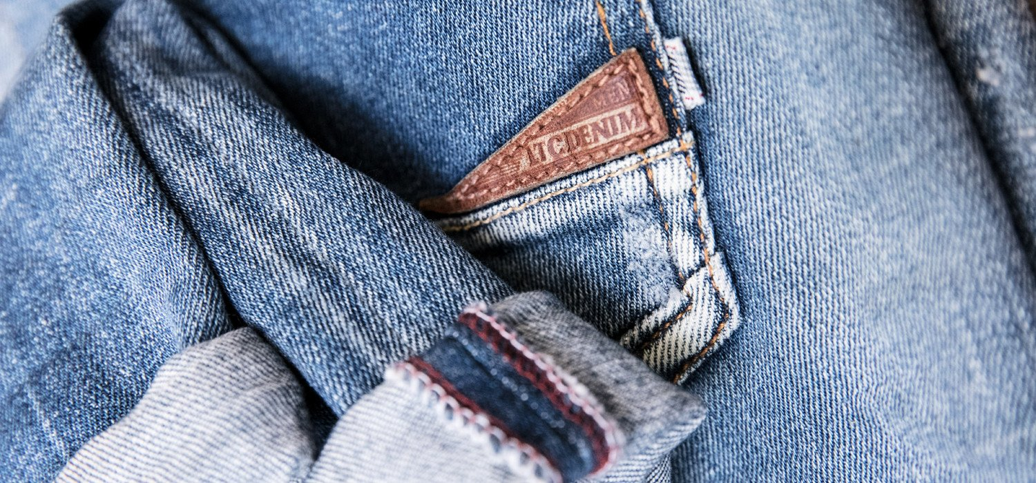 How to fix the color of jeans?