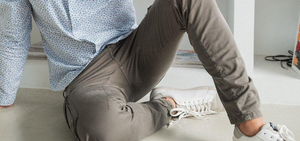 Vêtements homme : comment porter le pantalon treillis ?